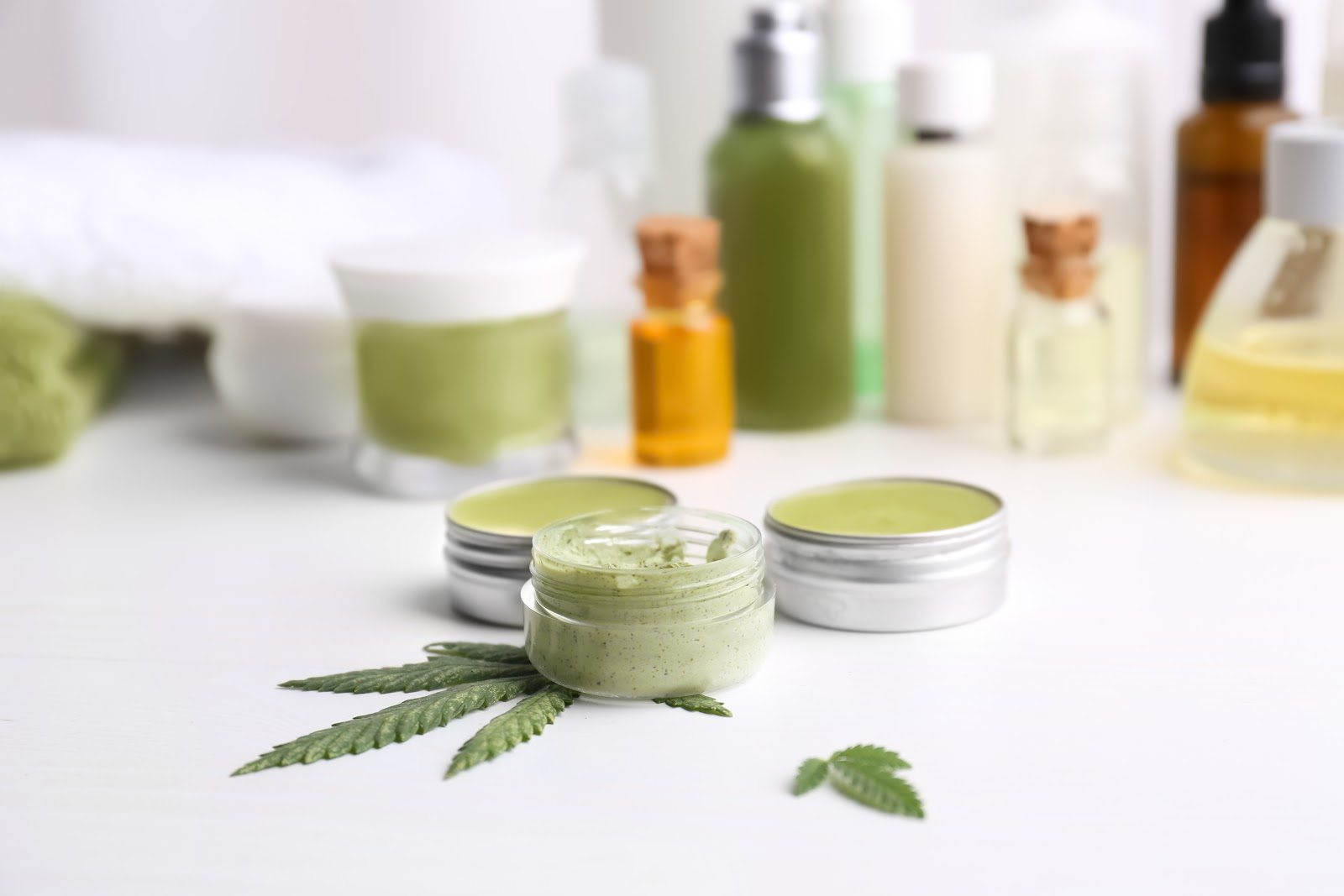 Types of CBD, Usage and Consumption